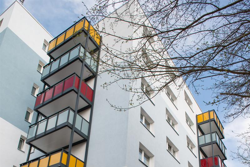 Fenstereinbau in einem Mehrparteienhaus