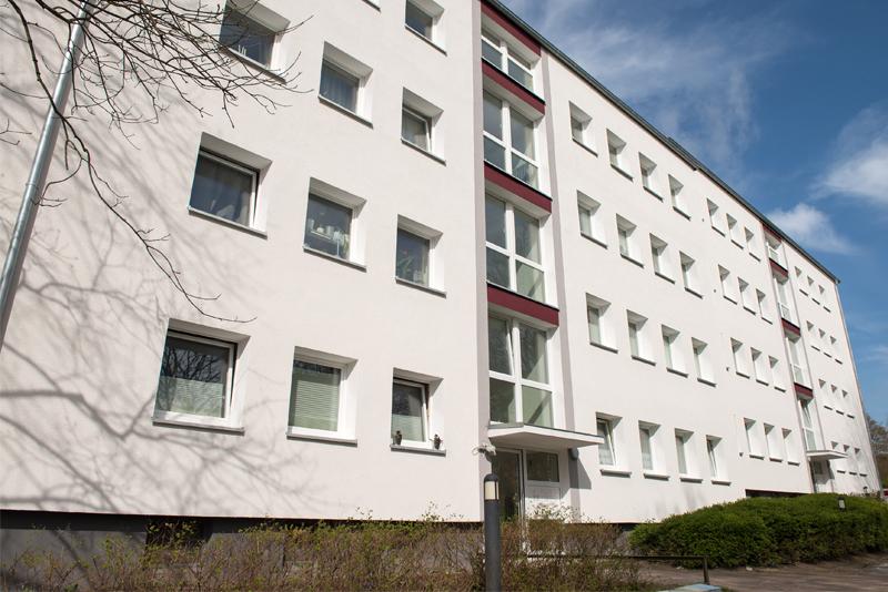 Mehrfamilienhaus mit neuen Kunststofffenstern in Kiel